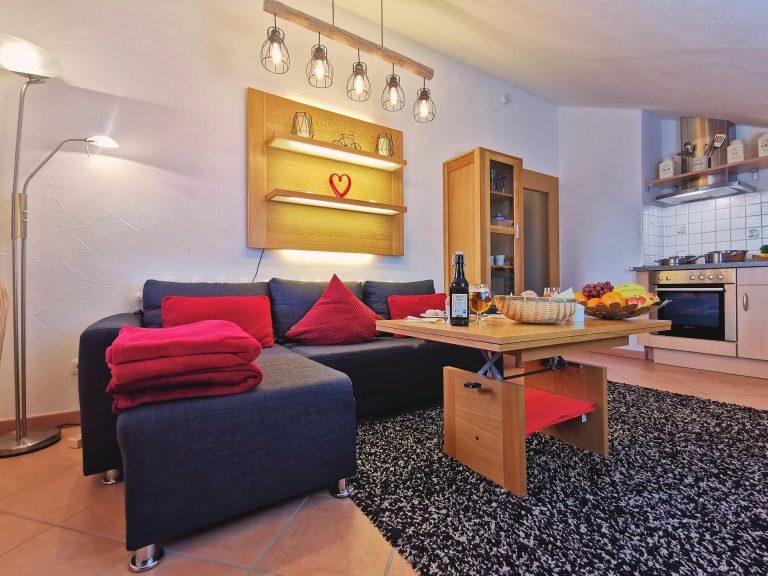 Wohnung-Bergtraum-Wohnzimmer-01