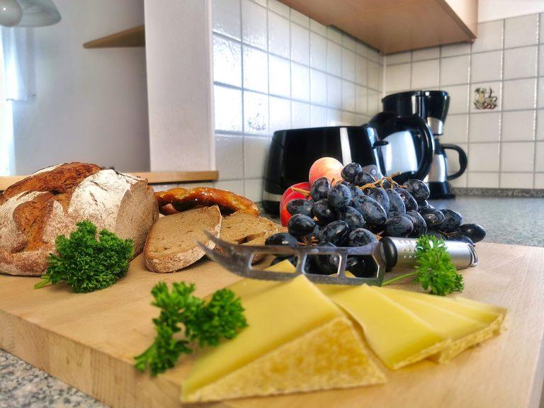 Küche mit Brotzeit
