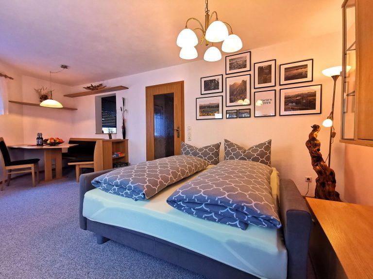 Wohnzimmer mit Luxus Schlafcouch